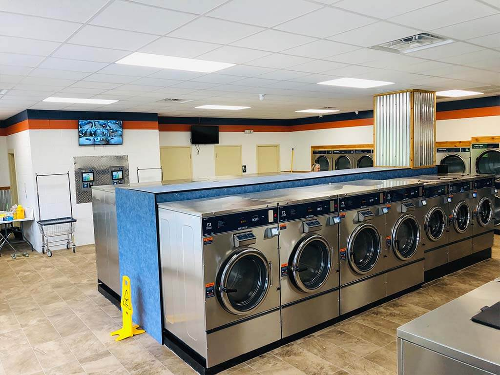 keyway iowa blvd coin laundry machines interior